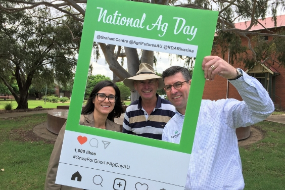 AgriFutures Australia General Manager, Research and Innovation Michael Beer and Acting Director of the Graham Centre, Associate Professor Marta Hernandez-Jover celebrating National Ag Day